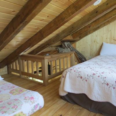 White Oak treehouse loft