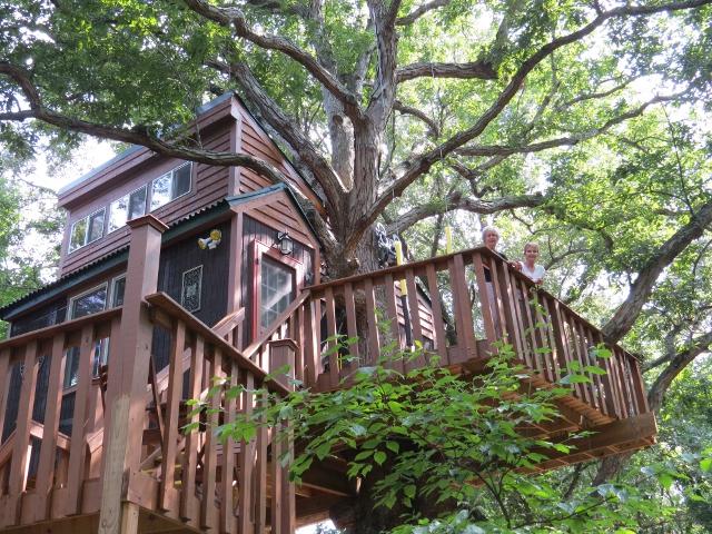 White Oak Treehouse exterior