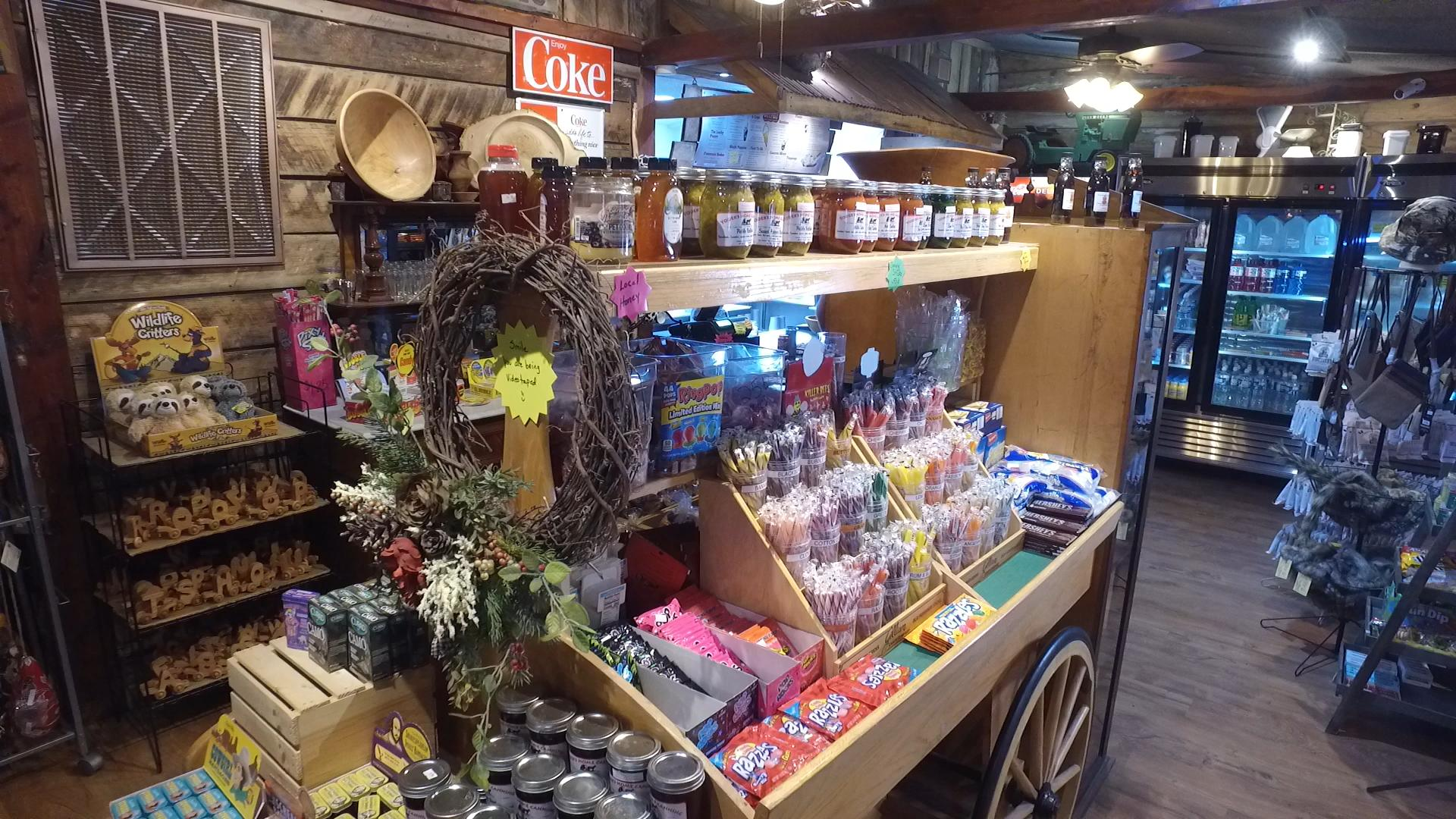 OUTPOST CANDY CART2