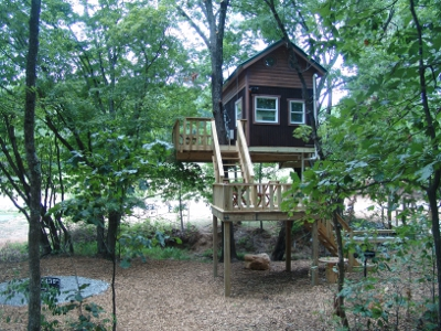 Rental Treehouses in the Shawnee Forest